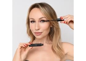 Универсальная тушь для ресниц Sexy Ultimate Lashes Mascara mini size  BLACK